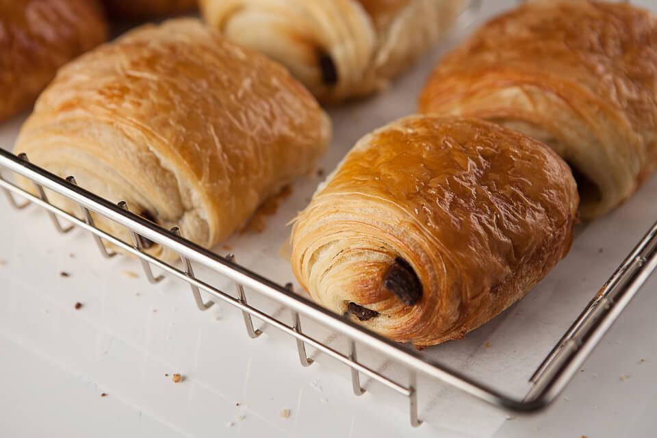 viennoiseries croissants et chocolatine